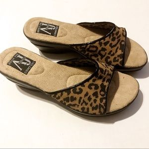 Aj Valenci comfort leather leopard slip ons